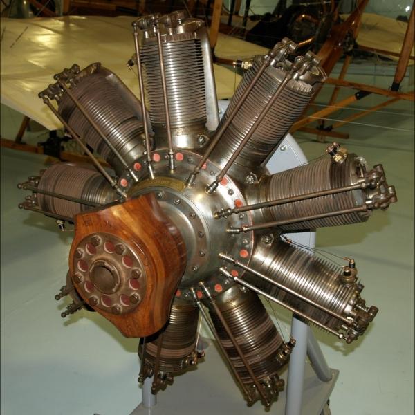 11.Двигатель Clerget 9B.