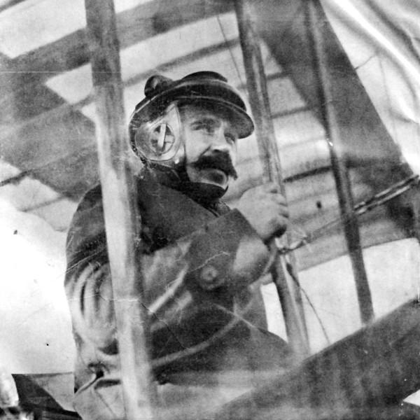 15.Русский авиатор Костин Николай Дмитриевич.
