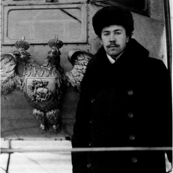 5.Сикорский около самолета Илья Муромец.