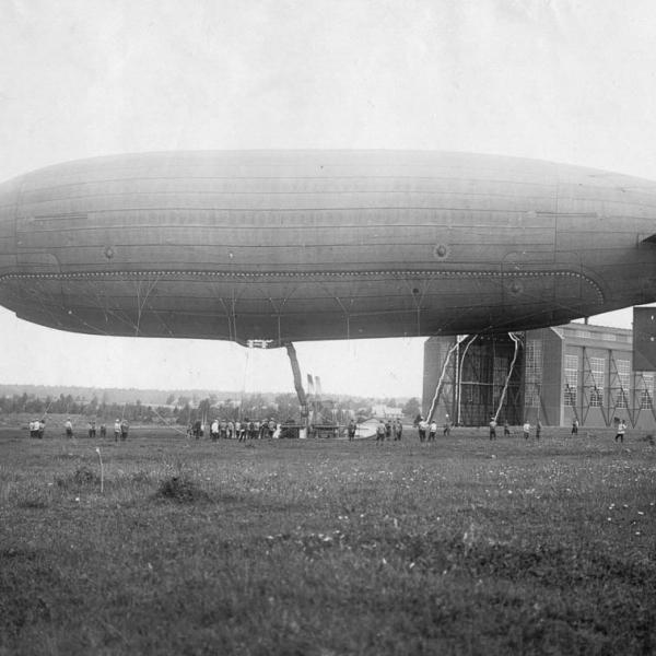 5.Дирижабль ГРИФ был куплен у Германии в 1910 г.