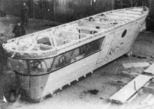 6.Гондола дирижабля СССР-В1 при постройке.