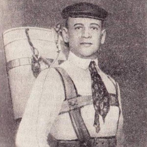 7.Глеб Евгеньевич Котельников с РК-1 за плечами.