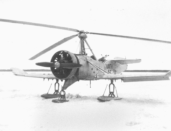 1.Автожир ЦАГИ А-7 на лыжном шасси на испытаниях в НИИ ВВС РККА.