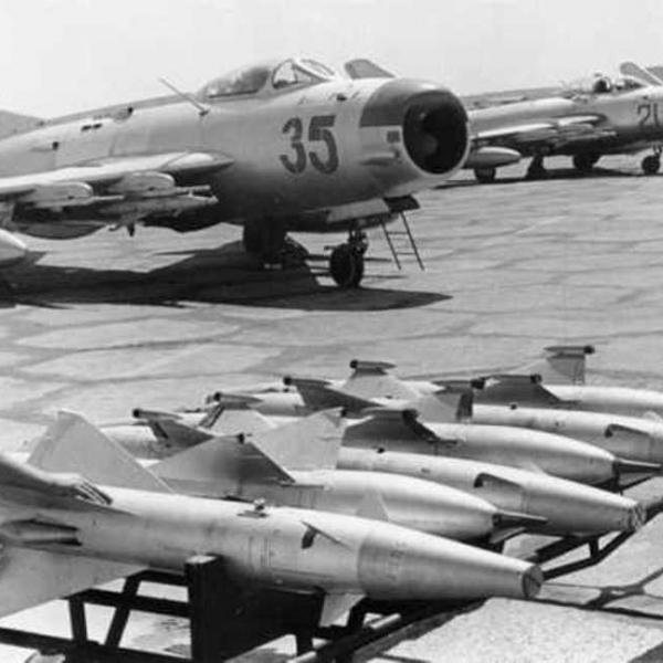 1.Доставка ракет К-5М (РС-2У) и К-5 (РС-1У) к МиГ-19ПМ.