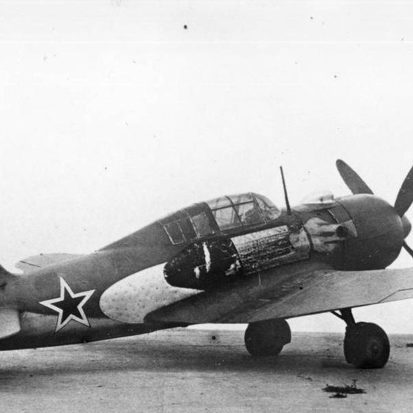 1.Истребитель Су-7 (Первый).