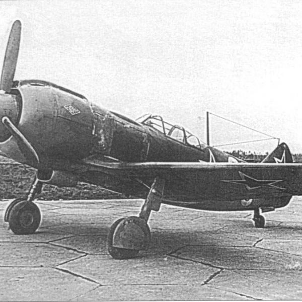 1.Ла-5ФН на аэродроме НИИ ВВС.