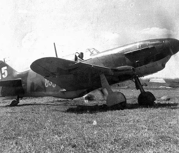 1.ЛаГГ-3 (66 серия) из эскадрилии Советская Грузия.