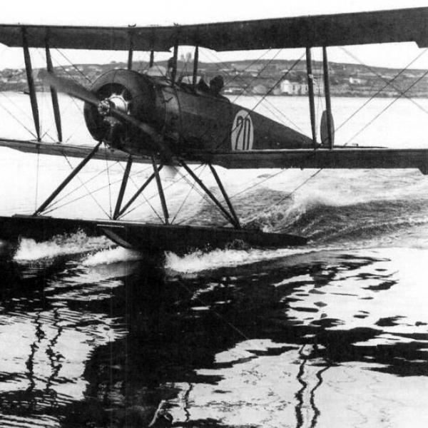 1.МУ-1 Учебно-тренировочный самолет.