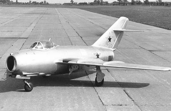 1.МиГ-15 (СВ).