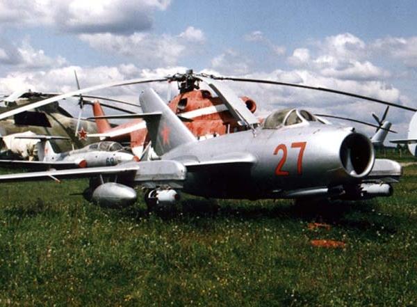 1.МиГ-15бис (ИШ) борт № 27 в музее ВВС Монино. 1