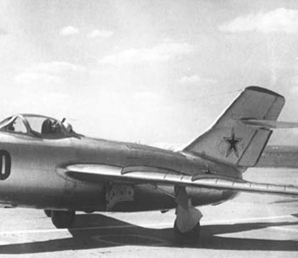 1.МиГ-15бис (СЕ).