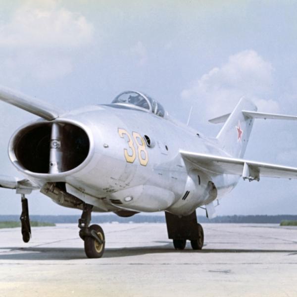 1.Опытный Як-36 борт. № 38.