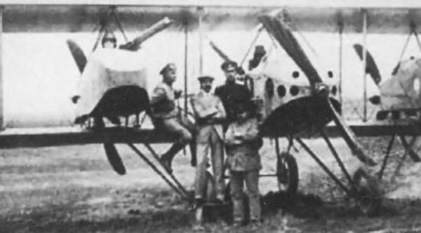 1.Опытный самолет Анатра ДЕ перед единственным своим полетом. Июнь 1916 г.