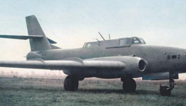 1.Опытный штурмовик Ил-40