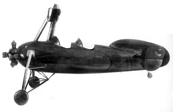 1.Продувочная модель автожира А-10 в масштабе 1-8.