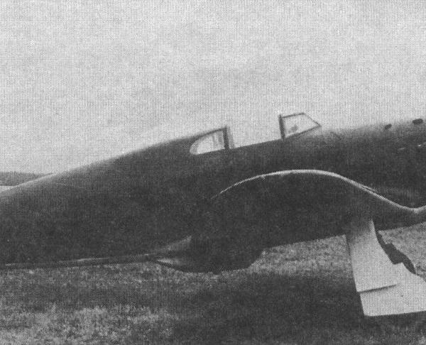 1.Як-1 № 1549 с дв. М-105ПФ