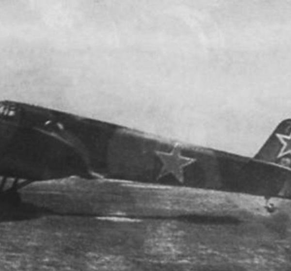 10.Як-6 ГУ Политуправления РККА. 1943 г.