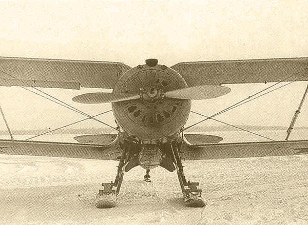 10б.Серийный И-153 на лыжном шасси