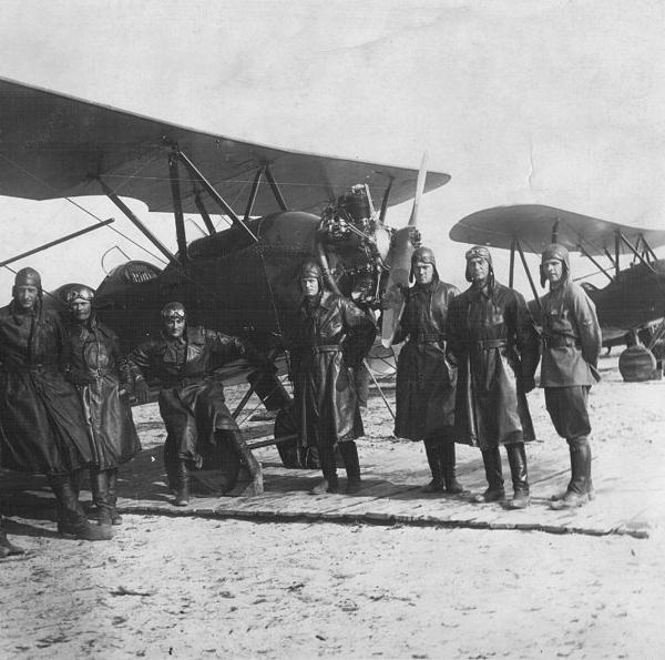 11.Самолеты У-2. Аэродром Осоавиахима.1931г.