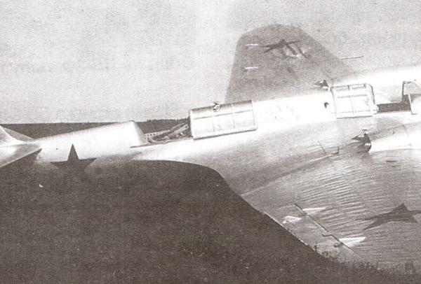 12.СБ-2М-100 после аварийной посадки.