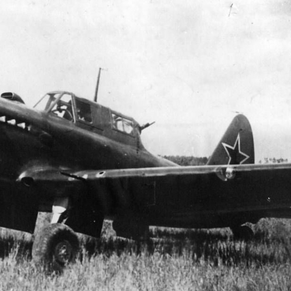 12.Штурмовик Су-6 АМ-42.