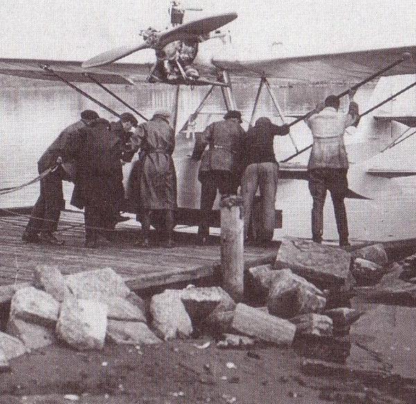 14.Первый спуск на воду опытного Ш-2.