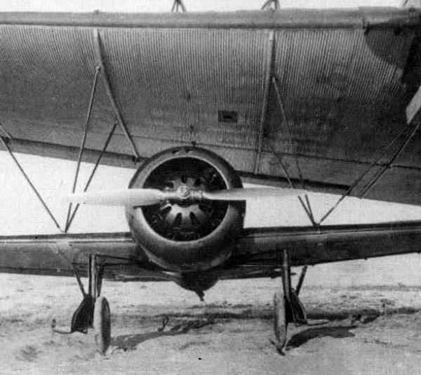 14а.И-16 тип 4 под крылом ТБ-3. Звено-6