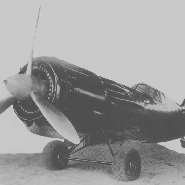 16.Фюзеляж И-28 (Яценко) на транспортировочной тележке.