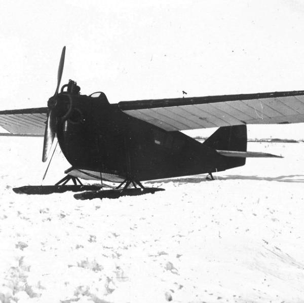 17.АНТ-2 на лыжном шасси.