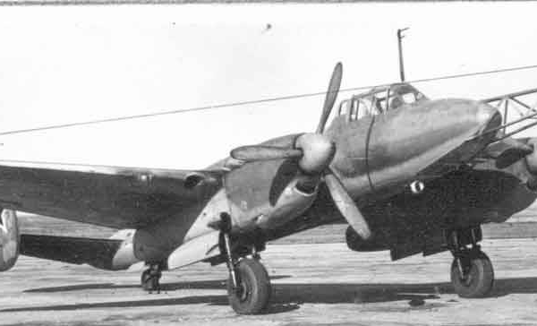 19б.Пе-2 модификации Параван