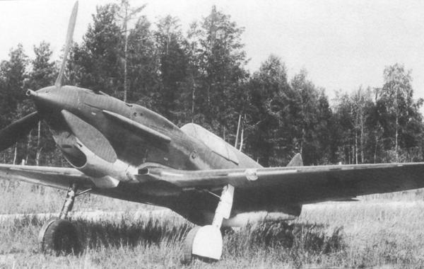 1а.ЛаГГ-3 (1 серии) на полевом аэродроме. 1940 г.