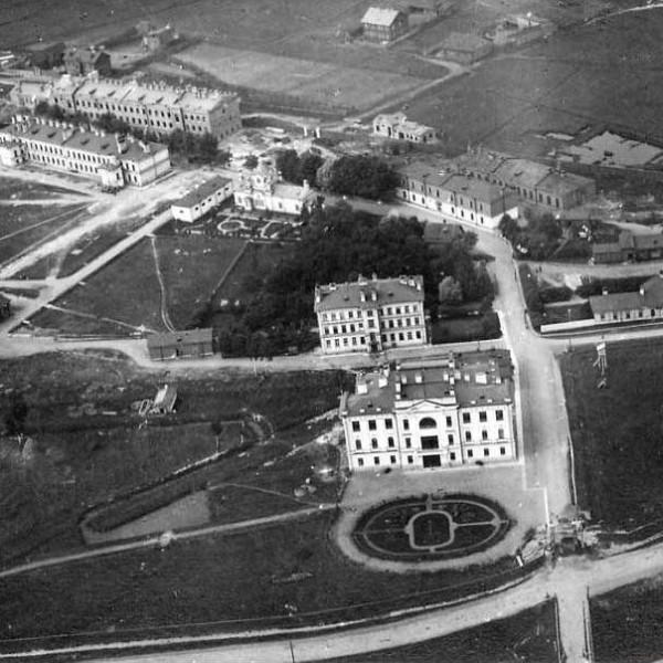 1б.Вид на комплекс зданий ОВШ. Снимок примерно 1911-1912 гг.