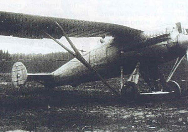 2.Двухместный истребитель ДИ-4.