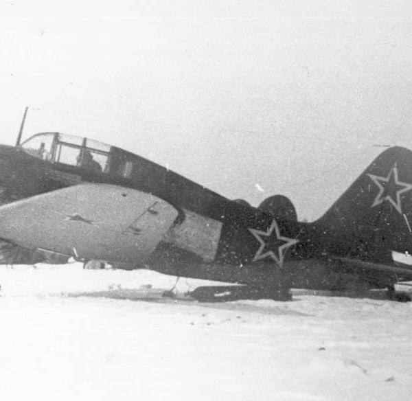 2.Истребитель Су-7 (первый). Запуск реактивной установки