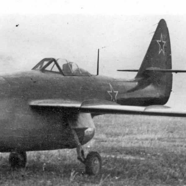 2.Ла-160