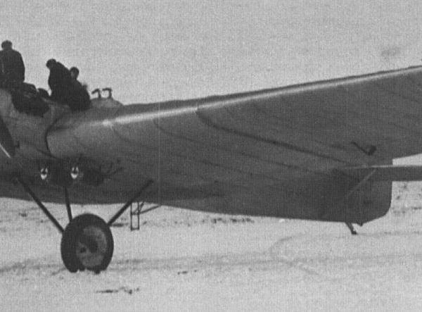 2.Опытный АНТ-4 на испытаниях. Центральный аэродром, ноябрь 1925 г.