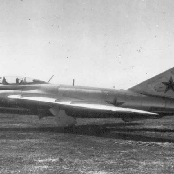 2.Штурмовик МиГ-17 (СН)