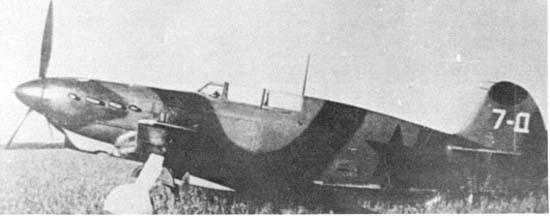 2.Як-7Д