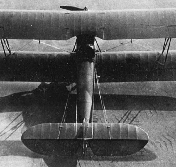 2а.Серийный учебный самолет У-2.