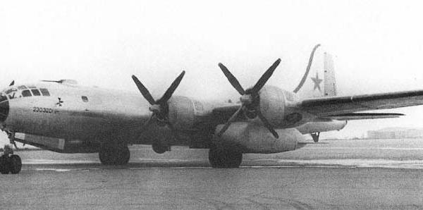2в.Ту-4Д.