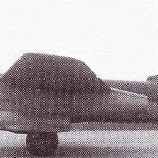 3.Бомбардировщик-торпедоносец Ту-14Т.