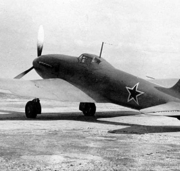 3.Истребитель Ил-1.