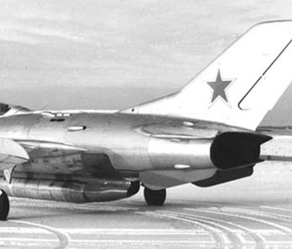 3.МиГ-19СУ