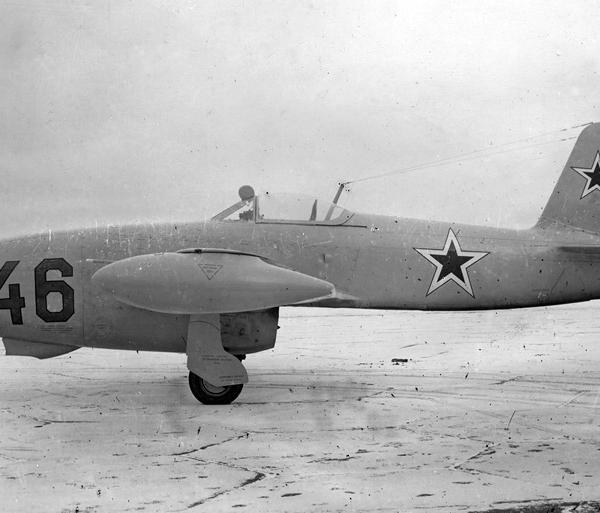 3.Як-17 на испытаниях в НИИ ВВС. 1947 г.