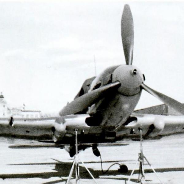 3а.Первый опытный экземпляр Ил-10 на государственных испытаниях в НИИ ВВС