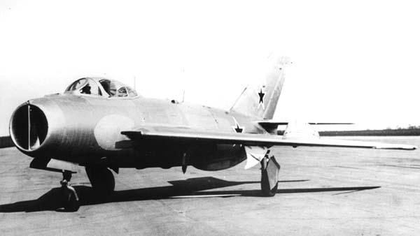 4.Истребитель И-360 (СМ-2-2).