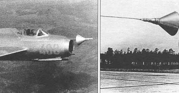4.МиГ-15бис во время буксировки за Ту-4 и наземных испытаний системы Бурлаки.