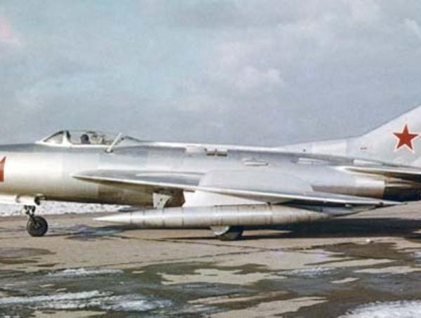 4.Опытный истребитель-перехватчик СМ-12ПМ.