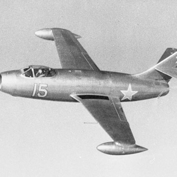 yak-25-pervyj-v-polete