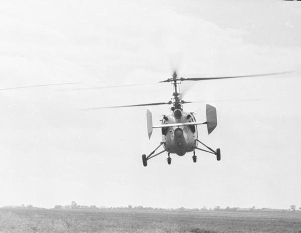 4б.Ка-15 в полете. 2